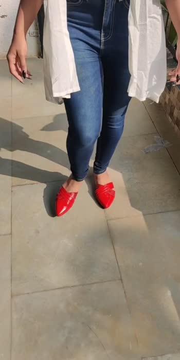 Summer Ready With Mules  #summerfashion #fashionblogger #fashionquotient #fashionista #flatshoes #glancexroposo #roposostar #roposostars #roposobeats