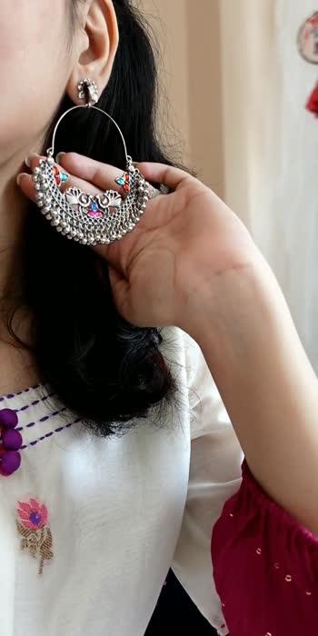 How to style a kurta ❤️ . . . #kurta #kurtas #kurtaset #style #styles #styleblogger #roposostar #yourfeed #styleindia #styleoftheday #ootd #ootdfashion
