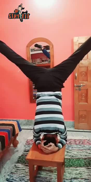balance bro#fitnesssehaaregacorona  #yogaposes #sirsasana #roposoglance #fitindia  #yogalover  #fitnessvideo #yogachallenge