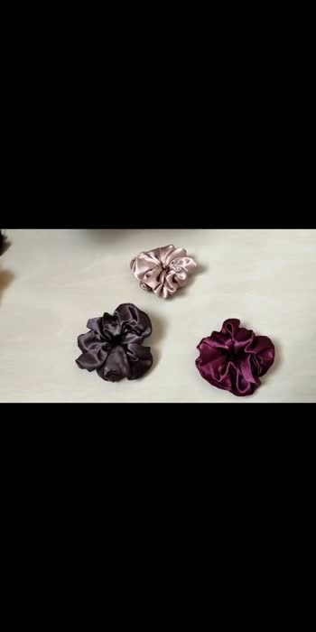 GET the best quality and affordable scrunchies  @the.curlyvibe