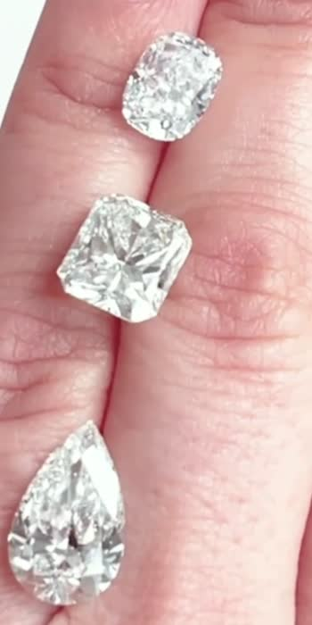 #diamond #jewelry #gold #diamonds #jewellery #ring #love #diamondring #fashion #luxury #k #rings #necklace #silver #wedding #engagementring #earrings #jewels #finejewelry #style #jewelrydesigner #berlian #emerald #bracelet #cincinberlian #weddingring #jewelrydesign #handmade #jewelryaddict #bhfyp