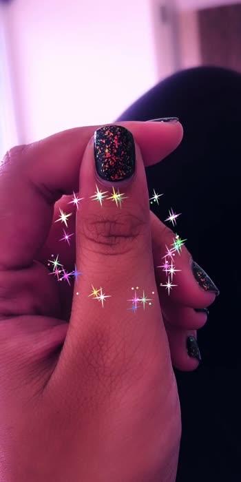 Gorgeous nails!! #calmamongstchaos #fancypajamas #nails #nailpolish