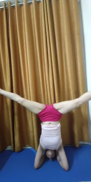 Headstand leg variations #shirshasan#headstand #balance