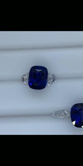 #bluesapphire #sapphire #ruby #emerald #yellowsapphire #gemstones #gems #diamond #jewelry #gemstone #jewellery #ceylonsapphire #batumulia #gemstonejewelry #sapphirering #bluesapphirering #batupermata #royalbluesapphire #gem #finejewelry #blue #sapphirejewelry #permata #diamonds #tourmaline #naturalsapphire #engagementring #sapphires #ring #bhfyp