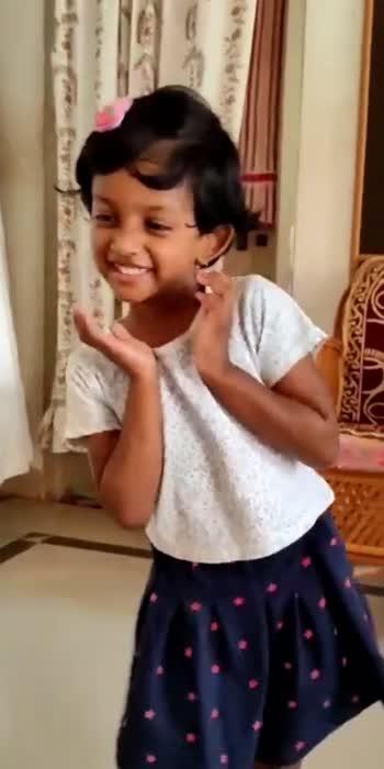 cute#cute dance#baby girl dance#basuhiremathindia #kidsdance #kids_stylezz #kidsdance #girlstiktokvideos #honeyteddy #Aadhya honey#uttarakarnataka #ukmandi #hubbali_mandi