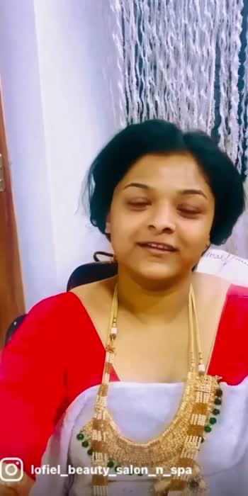 Maharashtrian bride.                                                                            7869860208