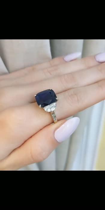 #sapphires #sapphire #sapphirering #sapphirejewelry #jewelry #diamonds #bluesapphire #gemstones #jewellery #yellowsapphire #gems #sapphireengagementring #engagementring #blue #rubies #jewelrygram #instajewelry #sapphireearrings #diamond #finejewelry #ruby #gemstone #jewelery #greensapphire #ring #sapphireblue #sapphirecrystal #green #yellowsapphires #bhfyp