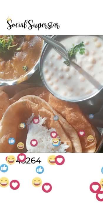 #funathome #lunchscenes #cholebhature