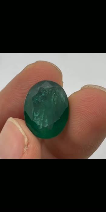 #emerald #ruby #diamond #sapphire #jewelry #gemstones #jewellery #gems #gemstone #tourmaline #diamonds #finejewelry #gold #ring #aquamarine #emeraldring #bluesapphire #jewelrydesigner #emeralds #gemstonejewelry #necklace #fashion #amethyst #garnet #earrings #highjewelry #green #silver #topaz #bhfyp