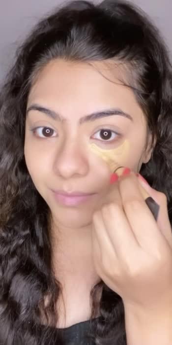 #smokeyeyes #makeupblogger #makeupwakeup #makeuppros  #makeupmua #muaindia