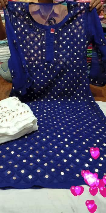#roposo #roposo-beats #follow #like #share #save #clothes #kurta #kurtaset #love-status-roposo-beats