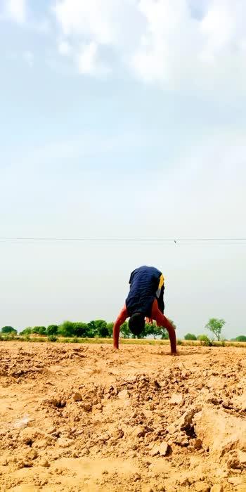 training 🔥 #gabru #handstands