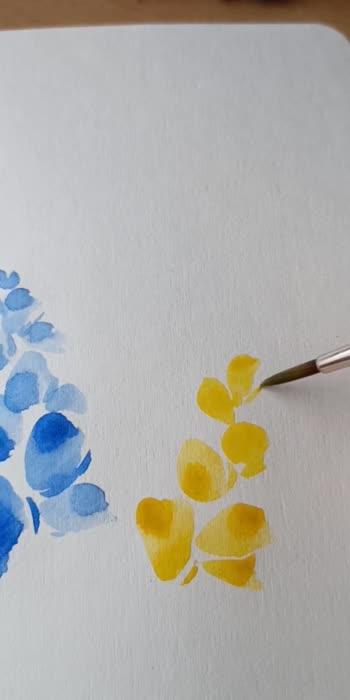 loose watercolor florals  #florals #floralprint #printedsaree #patterns #watercolour #watercolourpainting #watercolorillustration #artist #art
