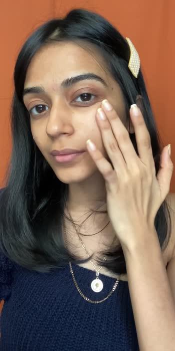 💕✨ . . .  #glintaesthetic #glowymakeup #maccosmetics #smashbox #cliniquemoisturesurge #bobbibrownfoundation #makeuptutorial #grwmreels #reelitfeelit #lorealparis #wakeupandmakeup #urbandecay #borntorunpallete #makeuprevolutionindia #theearthrythm #mynykaa #plixxoinfluencer #cosmoindia #bebeautiful #popxodaily