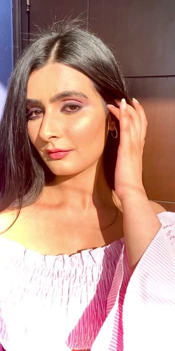 Glow getter☀️  #sunkissed #goldenhour #fashionquotient #fashionblogger #roposostar