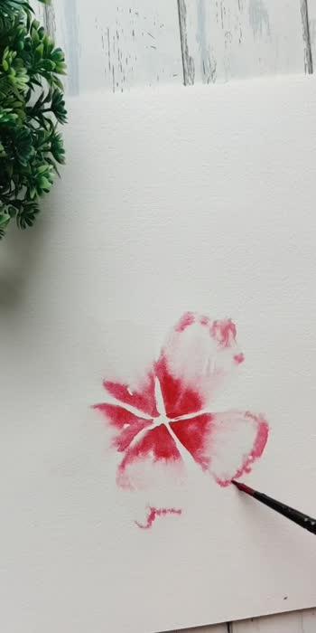 Loose watercolor florals- Hibiscus🌺 #watercolorillustration #watercolorpainting #watercolorart #flowermagic #floweroftheday #watercolorblog #creativespace #creative-channel #viralvideos #madewithroposo
