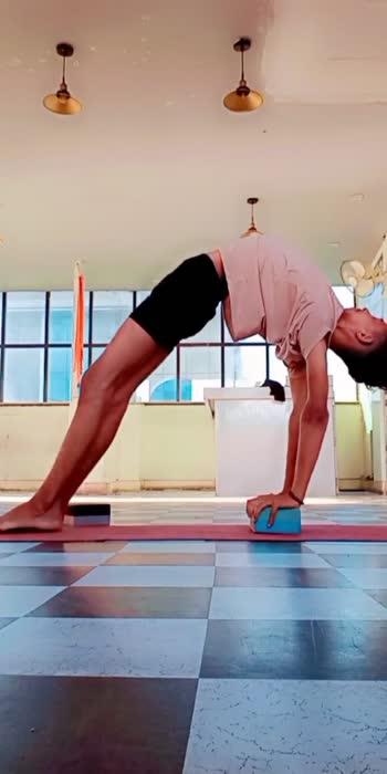 Instagram arjunyogaartist . . .#FitOnBeat #yoga #arjun #dance #fit #fitness #yogalovers #ajmer #arjunyoga