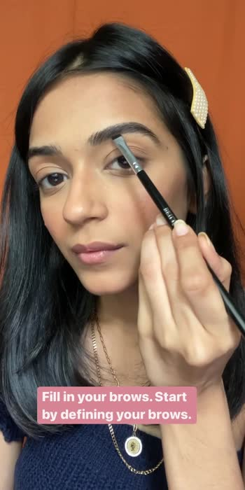 Brow Tutorial 💁🏼♀️ . . . #glintaesthetic #tipsandtricks #makeup #makeupreels #browtutorial #browtutorialforbeginners #brows #makeuptipsandtricks #plixxoinfluencer #popxobeautybox #urbandecay #lorealparis #cosmoindia #makeupartist #maleupobsessed #wakeupandmakeup #indianmua #chennaimakeupartist