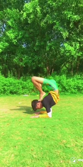 yoga with parkour.  #spam_yoga #parkour