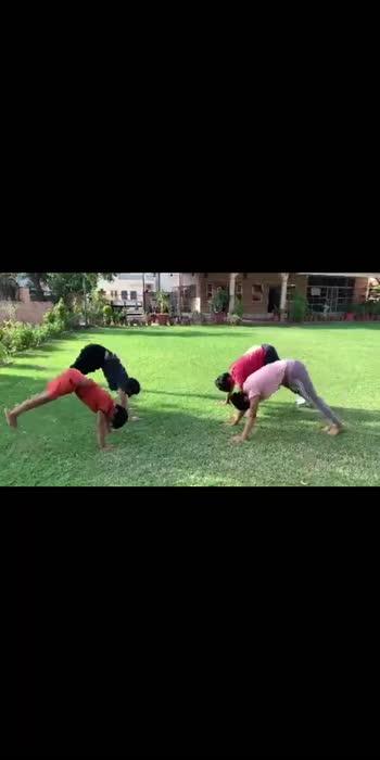 both legs handstands #gymfreak #yoga #fitness #halthytips