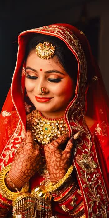 Bridal things ❤️ .. . . #weddingday #weddingoutfit #bridalmakeup #bridallook #weddingjewellery #weddingtjings