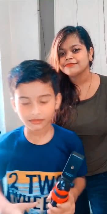 Too much fun with chotuu😜🥰😍 .  Follow @thisissurabhi261 Check out full and More videos our youtube channel Surabhi Chaubey . . . . #reels #saturdayvibes #fun #reelkarofeelkaro #reelitfeelit #feelkaroreelkaro #reelsinsta #reelsviral #funnyvideos #foryou #foryoupage #comedyvideos #bloopers #instalike #instapost #indianvines #instagood #loveforever #liketime #trending #trendingnow #thisissurabhi261reel #followyourheart