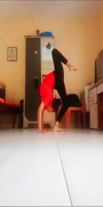 #myyogapose #yogatransitions #transition #flexibility #contortionist #flexing #yoga #yoga4roposo #yoga4roposo #yogaeverydamnday #roposostar #explorepage #exploremore #explore
