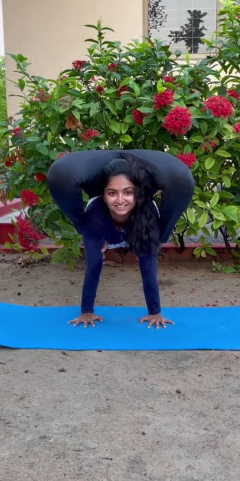 #yoga #yogachallenge #yogalove #yogainspiration #yogaday #yogapractice #yogaeverydamnday #yogaeverydamnday