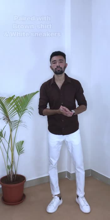 Styling White Trouser ✨   #fashionquotient #fashionquotient #trendingvideo #trend #singwithasees #worldmusicweek #artistofroposo #transitiontrack #dhotistyle #desibeat #angrezibeats #roposostar #roposo #reposo-star  #whitetrouser #styling #stylingtips