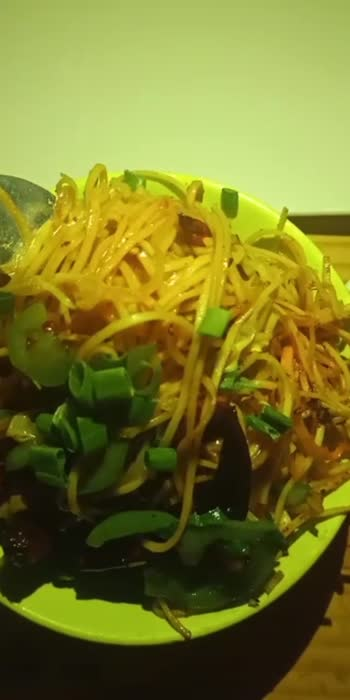 My All time Favourite Chilli Garlic Noodles #foodiariesbyrk #noodleslover #bangalorefoodies #bangalorefoodblogger #foodblogfeed