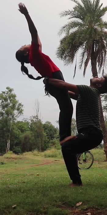 Partner Yoga. . . . #yogainspiration #yogaday #yogalove #yoga4roposo #yogaeverywhere #yogaaddict #yogaeverydamday #yogajourney