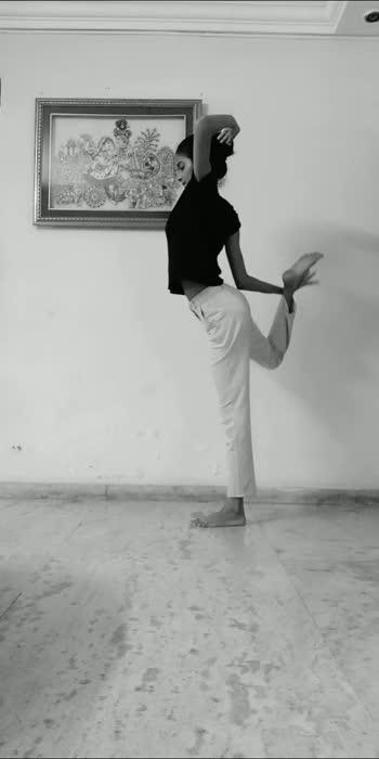 #yogaeverydamnday #yogaeverywhere