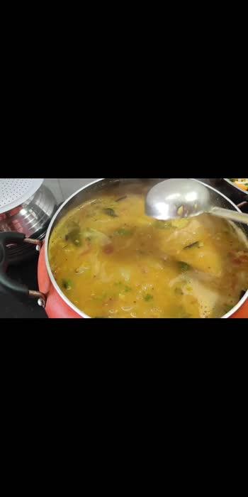 #lunchtime #lunchbox #lunchideas #lunchscenes #sambarrecipe #sambar #sambarrecipes #poriyaa #vegetarian #simple