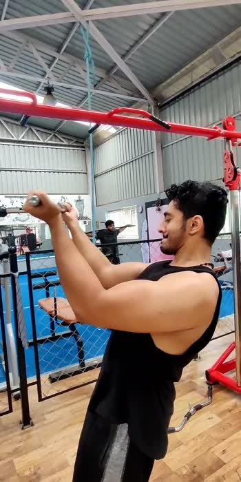 #roposostar #roposo #biceps #bicepsworkout #strong #gettingready #gettinghealthy #eatclean #stayhealthy
