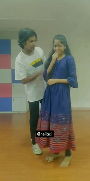 #minaadkhula #naadkhula #trending #trendingsong  #marathimulgi #marathimulga #lovesong #love #roposo-beats #roposostar #marathisong #sonalisonawane #mimarathi #couplegoals #couples #dancingstars #danceindia #dancingcouple #dancevideo #roposopost #roposoindia #dancelove #viral