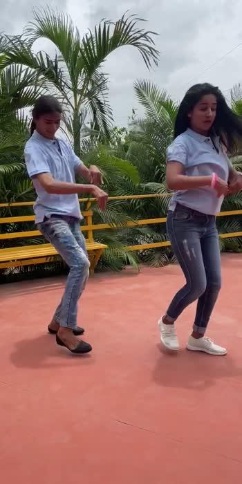 #Dancingmaniacs #ankitaraut #roposo #roposolove #roposomarathi #marathi #marathimulgi