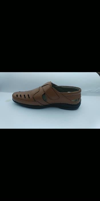 #stylish #styleshoes #sleepers  #sandle #shoestagram #shoelove  #leather #leatherslippers MRP 400