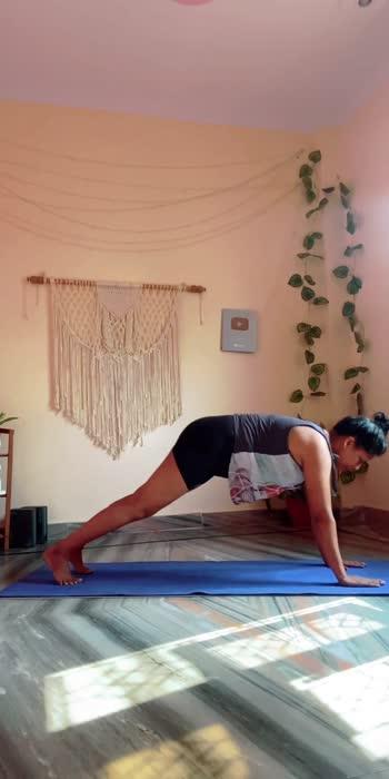 #yogawithshaheeda #roposolove #roposo #roposostar