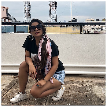 #nocaption #pose #posesforpictures #givenchy #fashionmagazine #fashionmagazin #fashionblogger #fashionista #fashionnova #fashionable #fashioninfluencer #lovequotes #loveislove #yeshm #street #streetwear #style #fashion #shopping #beauty #fashionable #lifestylegoals #lifestylephotography #fashionphotgraphy #photooftoday #delhifashionblogger #mumbaifashionblogger #punefashionblogger #justpose #roposofashionblogger