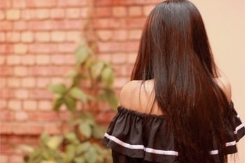 My day has started with working on a new post for today ✌🏻 ✨ . 📸- @unnatiwantsyourwifipassword  . . . #howilikeitjournal #howilikeit #fashion #fashionblogger #blogger #indianfashionblogger  #outfit  #black #offshoulder #ruffles #hair #longhair #newpost #comingsoon