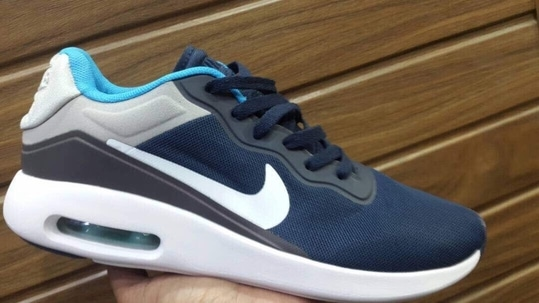 Nike Tavas only for 2500/- free shipping  Sizes: 41-45  For inquiries or orders call or whatsapp 7756014239 or 9970760186