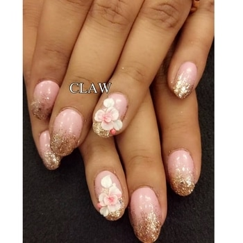 3D flower 🌺 nails @claw #getclawed💅💅 For appointments in MUMBAI call on , 9967401031 , 7045204981 For appointments DELHI call on 9811197099 , 9278375598 , 9871798965  WEBSITE : www.claw-nails.com