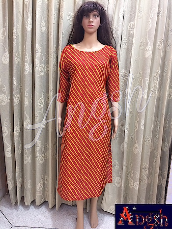 #kurti #straight #sideslit #leheriya #redyellow #cottonsilk #necklinebutton #season #look #angsh #jaipur #designer  Dm to order😊
