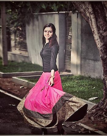 Don't let anyone ever dull your sparkle ✨✨✨photo credit @maheshkrishnan #indian#indowestern#women#fashion#chennaiblogger#fashiontalk#fashionista#fashionblogger#blogger#bloggerstyle#beautiful#bestoftheday#jewelry#model#model#styleinspiration#whatiwore#ootd#girl#ecr#thursday#indianmodesty#nikivermaofficial#smile#blog#indianwear#indianhair#nosering#chennai#fabebg