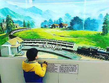 Took my little boy to Rail Museum in the City. Wanted him to see how a train looks like in real. And he was too excited to see everything that was there in the museum. His happiness when he rode the train was something that filled me with immense joy. Sometimes doing little things for your kids definitely gives you a whole world of happiness. Here he is engrossed in watching the model where the role of trains in the Indian struggle for independence has been depicted. #kids #train #delhiblogger #railmuseum #niskani #hoppingheels #lifestyleblogger #loveforkids #museum #lifestyle #delhi #indianblogger #excursion #loveforkids #familytime #instapic #lifestyleblog #indianblogger #shotoniphone #shotoniphone7plus