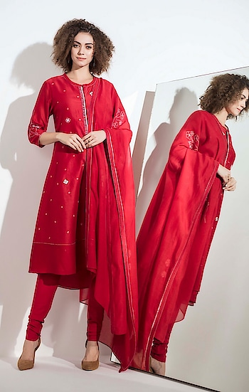 Your #festive fix for the season! This #red embroidered #tunic by AM:PM is paired with tie-dye churidar and dupatta: https://www.indiancultr.com/designers/ampm?p=8 #staytuned #ampmfashions #newyou #makeinindia #onlineshopping #excited #love #beautiful #wow #amazing #india #luxury #autumn #winter #aw18 #bestoftheday #like #designer