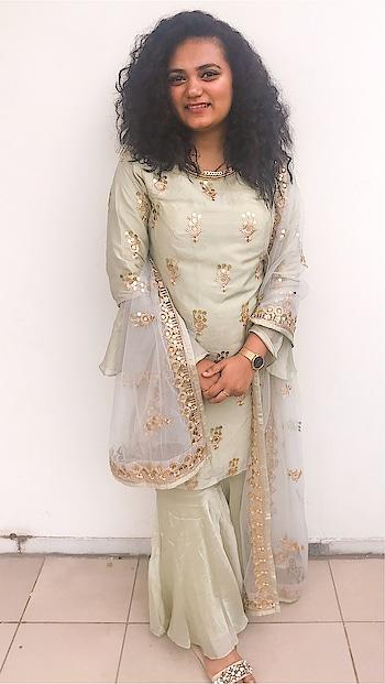 Diwali Vibes 💫 #Diwali2019 #Sharara # IndianOutfit #TraditionalWear #DiwaliOutfit