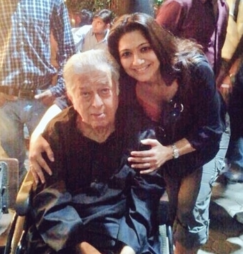 #shashikapoor Ji  we  will miss you ,I was lucky to meet you & spend precious #time #memorable #forever #Legend is No more but is on #journey  to meet God 🤗🤗🌷🙏🏻