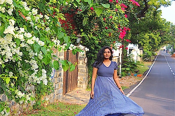 It was not easy to twirl for that one perfect shot 😂 . . . . . . . . . . #jabongxme #jabong #myntra #whatiwore #dubaiblogger #dubaistyle #dubaistreetstyle #streetstyle #lookbook #wiw #wiwt #mylook #lookoftheday #fashionblogger #chennaiblogger #chennaifashionblogger #outfitinspo #ajmanblogger #ootd #outfitideas #outfitoftheday #streetsofchennai #tamilblogger #outfitinspiration #outfitpost #chennaifashion #chennai #mymyntralook #tamilblogger #ootdpost