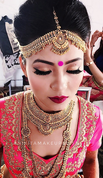 #fun #lookgoogfeelgood  #trending #roposostars #wow #beats #hahatv #filmistan #lookgoodfeelgood #Newyear #makeuplook #lookgoodfeelgoodchannel #model #mac #maccosmetics #modelling #lookgoodfeelgood #mac #maccosmetics #happynewyear #lookgoodfeelgood #beautiful #lookgoodfeelgood #lookgoodfeelgoodchannel  #rangoli #weddingseason  #bride #inthemaking  #gorgeousness #makeup by #nikitamakeupbliss  . #makeup #makeupaddict #makeupartist #fashion #cosmetics #selfie #beautiful #beauty #tutorial #eyes #hair #likeforlike #lips #lipstick #eyeshadow #love #tagsagram4tags #hairstyle #makeuplover #mascara #powder #eyelashes #basemakeup #glitter #inatapic #photooftheday #lookoftheday #makeupartist #bridalmakeup #bridalmakeupartist #mua #muadelhi #makeupartistdelhi #makeupartistdehradun #bestmakeupartist #weddinmakeup #weddingmakeupartist #banthanke